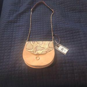 Beautiful Suède crossbody bag